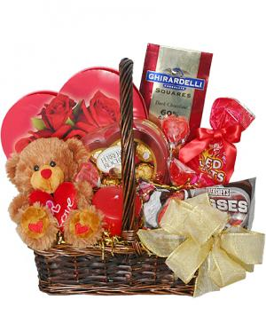 SWEETHEART BASKET Gift Basket in Croton On Hudson, NY | Cooke's Little Shoppe Of Flowers
