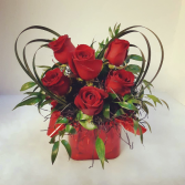 sweetheart bouquet with red roses  one sided