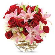 Sweetheart Bowl Roses, hydrangeas & Iilys