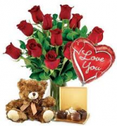 Sweetheart Package Rose Arrangement