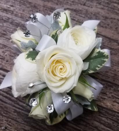 Sweetheart Roses & Ranunculus Wrist Corsage