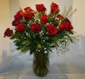 SWEETHEART SPECIAL 2 Dozen Rose Arrangement