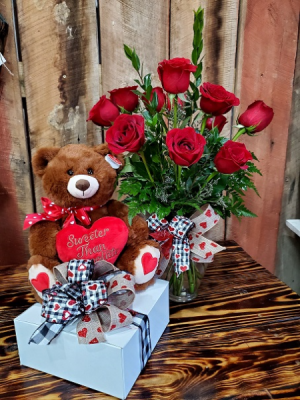 Sweetheart Special   in Eupora, MS | SARA'S FLOWERS AND GIFTS