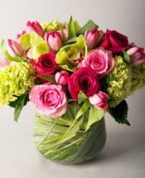 Sweetheart Vased Arrangement, Compact
