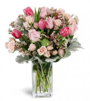Sweetly pink All-Around floral arrangement in Winnipeg, MB | KINGS FLORIST LTD
