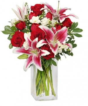 SWEETLY-SCENTED Bouquet of Flowers in Lincroft, NJ | Lincroft FAB Florist & Gifts/Silver Tulip Florist