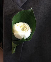 Sweetly Simple Boutonniere