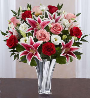 Swirling Romance Shop Exclusive in Fort Worth, TX | DAVIS FLORAL DESIGNS
