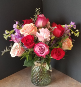 SYMBOL OF LOVE Vase