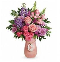 T18M100 Winged Beauty vase