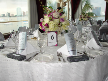 TABLE CENTER PIC