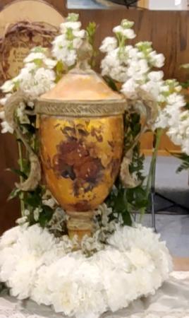 Tabletop Heart Memorial Wreath