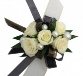 The Yorker   C44-8 Corsage