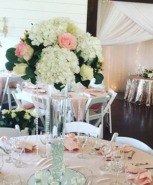 Tall & Classy Blooms Table Arrangement in Cambridge, ON | KELLY GREENS FLOWERS & GIFT SHOP