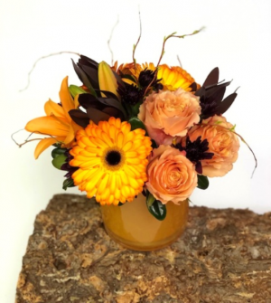 Tangerine Twist Vase Arrangement in Invermere, BC | INSPIRE FLORAL BOUTIQUE
