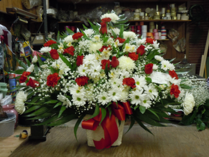 TB4 RED AND WHITE TRADITIONALSYMPATHY SPRAY