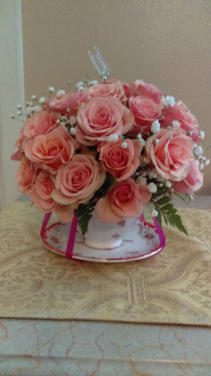 Tea Cup Baby spray roses