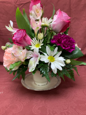Tea party arrangement Teacup fresh arrangement  in Geneva, AL | GENEVA FLORIST & GIFT SHOP