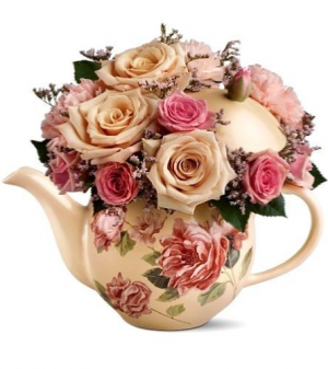 Tea pot arrangment   in Ozone Park, NY | Heavenly Florist