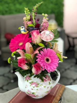 Teapot Floral of LOVE Mother's Day- SELLS FAST in Whittier, CA | Rosemantico Flowers