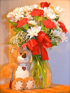 Teddy Bear's Heart Bouquet All Around in Des Plaines, IL | CR FLOWERS AND THINGS