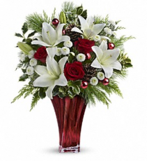 Telaflora's Wonderous Winter Bouquet Fresh Arrangement