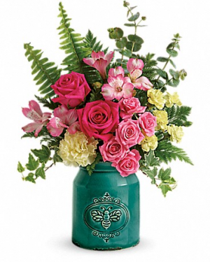 Teleflora Country Beauty Mother's Day in Gilbert, AZ | Country Blossom Florist Inc. & Boutique