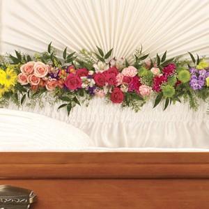 Teleflora Glorious Memories Garland Funeral Flowers in Sutton, MA | POSIES 'N PRESENTS