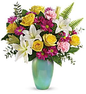 Teleflora's Aqua Artistry T20E105B Bouquet