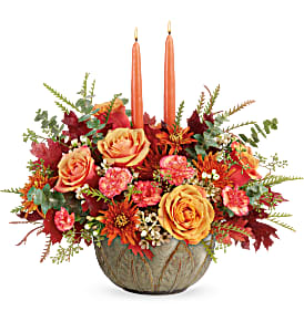 Teleflora's Artisanal Autumn T19T100B Centerpiece in Moses Lake, WA | FLORAL OCCASIONS