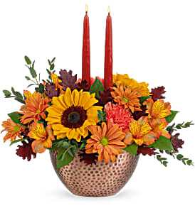 Teleflora's Autumn Copper Centerpiece Fresh Arrangement with a Teleflora Keepsake