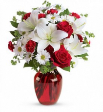 Teleflora's Be My Love T128-2a