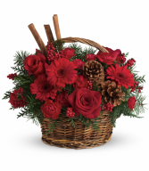 Teleflora's Berries and Spice christmas