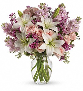 teleflora's Blossoming Romance Fresh Flowers