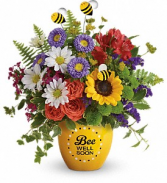 Teleflora's Buzzing Be Well Pot Fresh Flower's in Keepsake in Auburndale, Florida | The House of Flowers