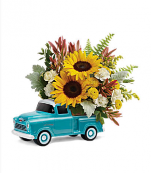 Teleflora's Chevy Pick Up Bouquet Fresh mixed flower arrangement in Auburndale, FL | The House of Flowers