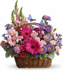 Country Basket in Bloom Fresh Arrangement
