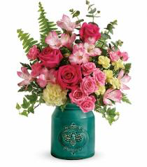 Teleflora's Country Beauty Bouquet Fresh in Auburndale, FL | The House of Flowers