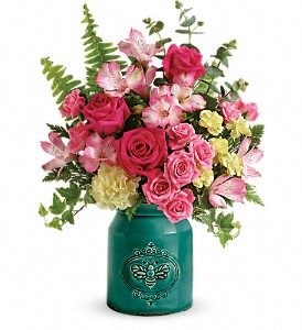 Teleflora's Country Beauty Crock