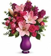Teleflora's Dazzling Style Bouquet