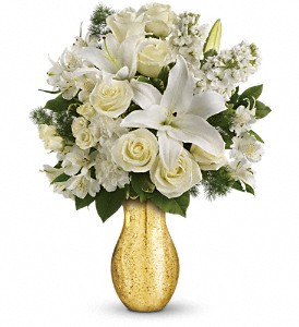 Teleflora's Dream with Me TEV16-1B Bouquet