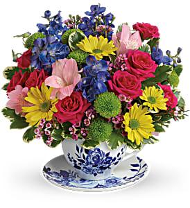 Teleflora's Dutch Garden TEV57-8B Bouquet