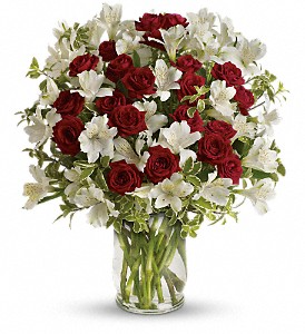 Teleflora's Endless Romance Bouquet