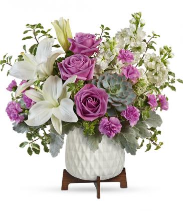 Teleflora's Garden Oasis TEV58-8B Bouquet
