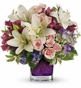 Teleflora's Garden TEV20-1B Bouquet