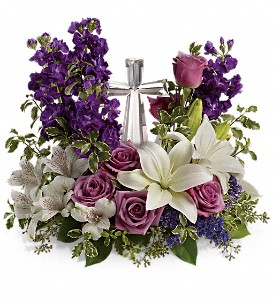 Teleflora's Grace And Majesty T11E405B Bouquet  in Moses Lake, WA | FLORAL OCCASIONS