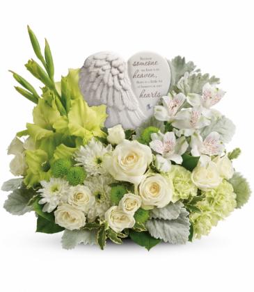 Teleflora's Hearts In Heaven T278-4B Bouquet