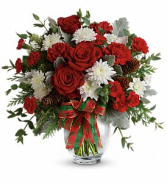 Teleflora's Holiday Shine Bouquet Fresh Arrangement
