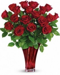 Teleflora's Legendary Love Bouquet Arrangement