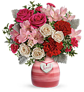 Teleflora's Painted In Love T20V305B Bouquet